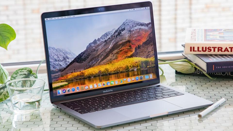 MacF5.vn Macbook Pro 13-inch Touch Bar 2019 i5 - Màn hình và âm thanh cao cấp