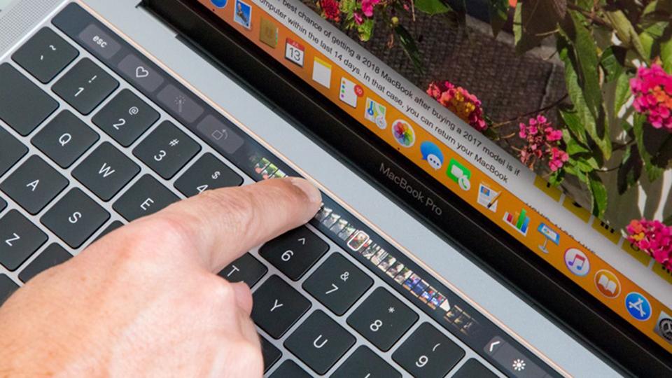 MacF5.vn Macbook Pro 13-inch Touch Bar 2019 i5 - Sáng tạo là không giới hạn với Touch Bar